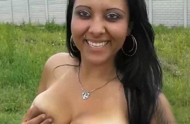 fekete bbw leszbikus pisilés